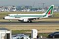 Alitalia Embraer ERJ170; EI-DFK@FRA;06.07.2011 603dg (5912787596).jpg
