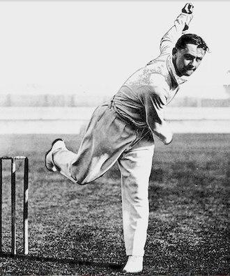 Gubby Allen - Allen bowling in 1932