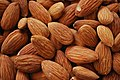 Almonds! (3060098365).jpg