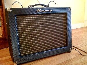 Ampeg - Ampeg R-12-R Reverberocket