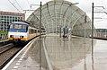 Amsterdam Sloterdijk 2977 naar Hoorn Kersenboogerd (9620354537).jpg