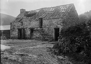 An old building near Y Bala ? Pantymarch