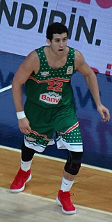 American basketballer