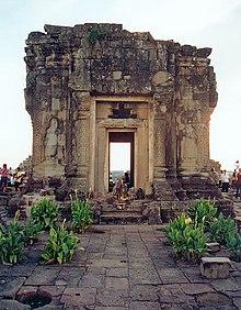 Phnom Bakheng - Wikipedia