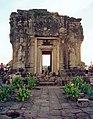 Angkor Phnom Bakheng.jpg