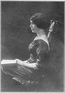 Anne Warwick 1911.jpg