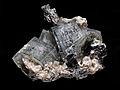 Apatite-(CaF) (fluorapatite), arsénopyrite, muscovite 300.4.FS2014.jpg
