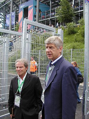 Arsene Wenger visiting Hamburg
