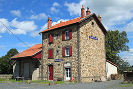 The old railway station building in Coren-les-Eaux
