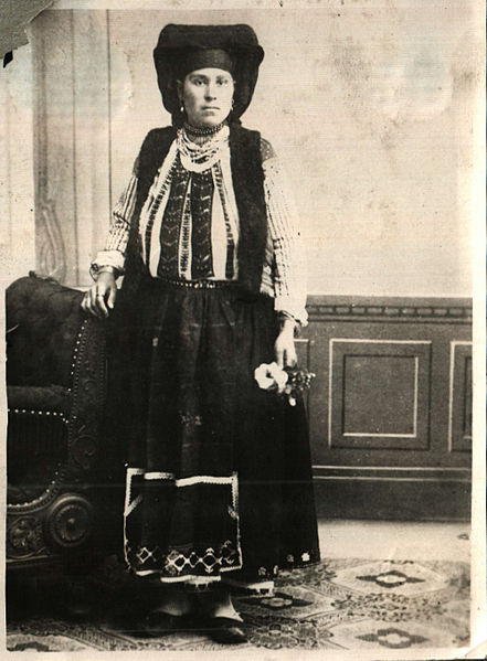 File:BASA-2072K-1-337-121-National costume of Ruse, Bulgaria.jpg