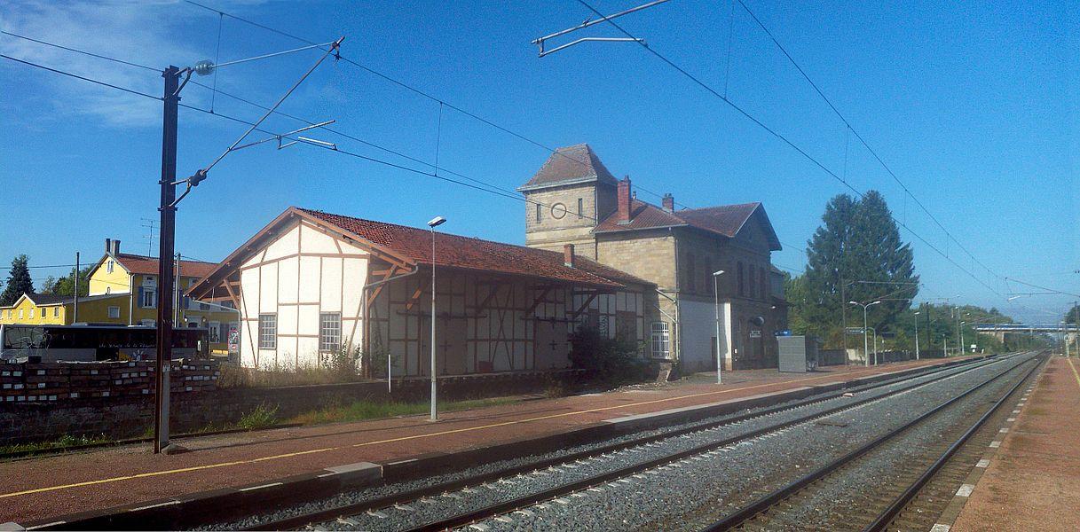 Bahnhof Morhange Gleisseite