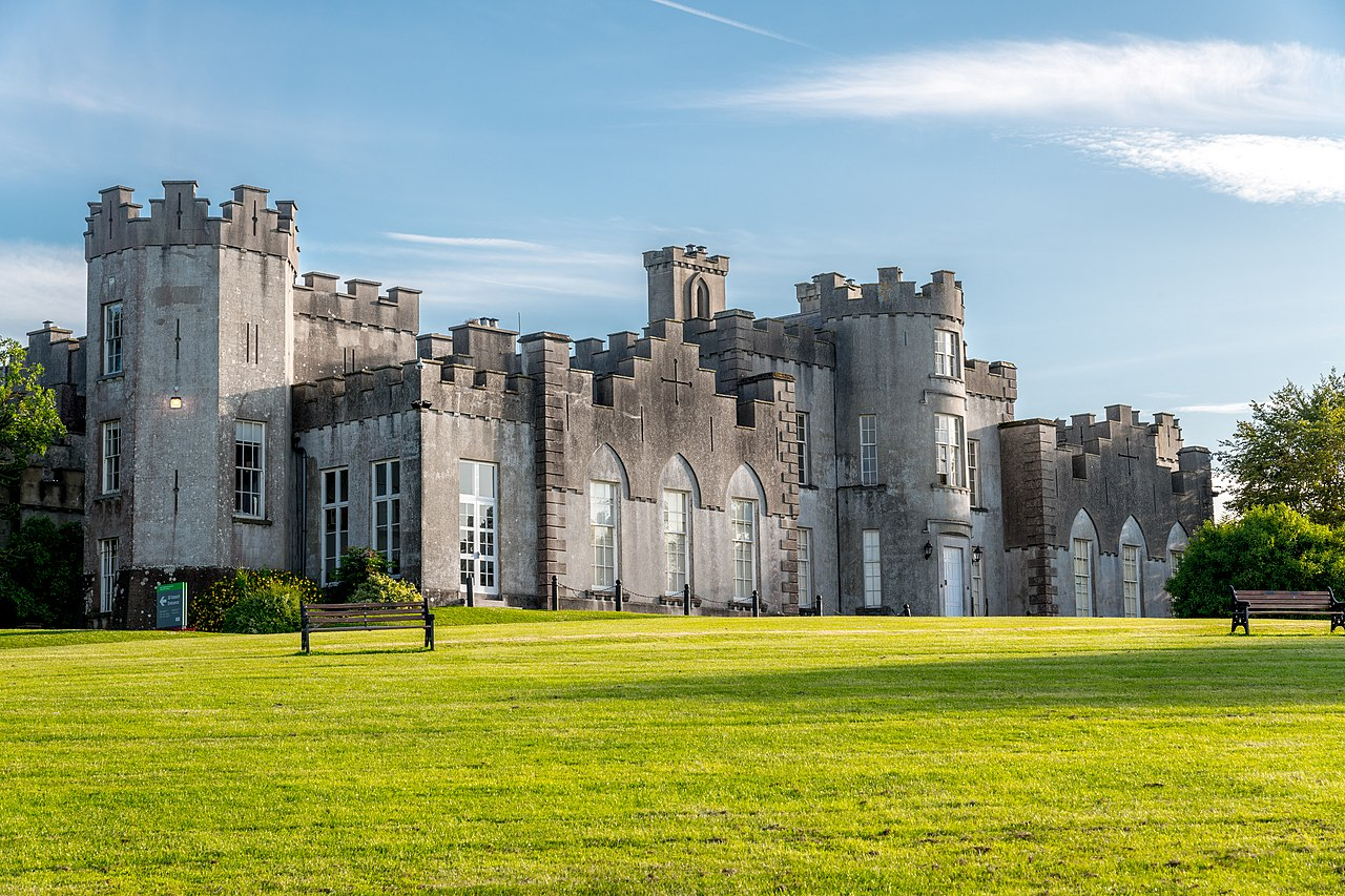 Wide shot of Ardgillan Castle