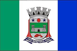 Bertioga - Image: Bandeira Bertioga