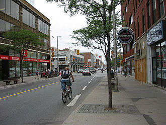 Bank Street (Ottawa) - Bank Street near the intersection with Laurier Avenue in downtown Ottawa