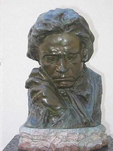 Buste de Beethoven par Antoine Bourdelle exposé à la Beethoven-Haus de Bonn.