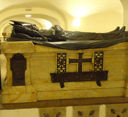 Tomb of Benedict XV in the grottoes of St. Peter's Basilica in Vatican City Benedict XV tomb.jpg
