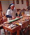 Bernardine Weber in ihrem Atelier.jpg