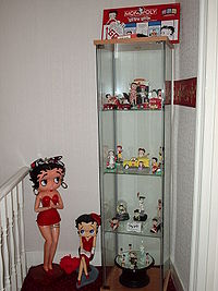 A display of Betty Boop collectibles.