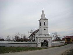 Biserica reformata din Cuzdrioara (2).JPG