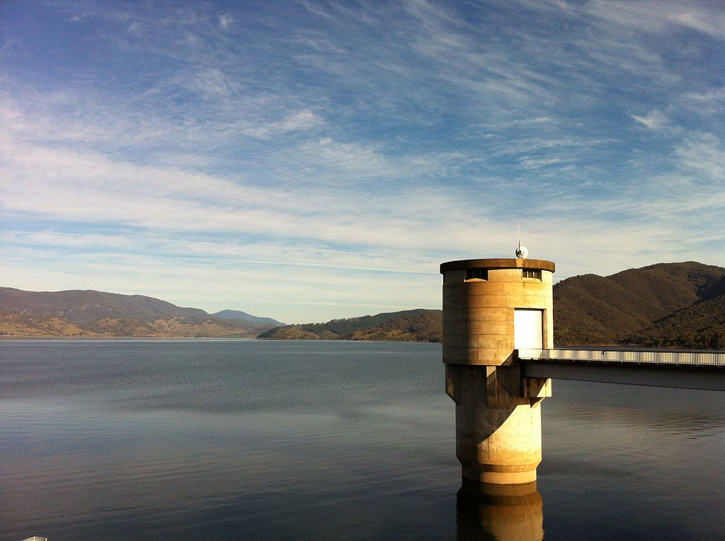 Blowering Reservoir from Blowering Dam