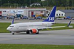 Boeing 737-783(w) 'LN-RRB' Scandinavian Airlines System (44509468762).jpg