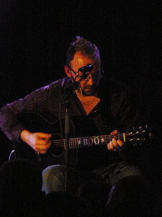 Boo Hewerdine - Performing in Aberdeen in 2009