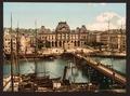 Bourse and docks, Havre, France-LCCN2001698146.tif