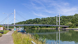Bridge (N909) over the Meuse near Heer-Agimont-9331.jpg
