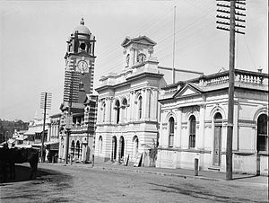 Old Ipswich Town Hall - Post Office, Town Hall and Bank of Australasia (left to right), circa 1902, with clock faces on the town hall
