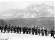 Bundesarchiv Bild 102-09245, Österreich, Skitruppen beim Manöver