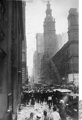 Wolfgang von Gronau - Wolfgang von Gronau being welcomed in New York City in 1930