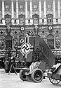 Bundesarchiv Bild 183-2008-0717-502, Wien, Heldenplatz, Rekrutenvereidigung.jpg