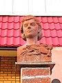 Bust of Klavdiya Shulzhenko in Kharkiv 1.jpg
