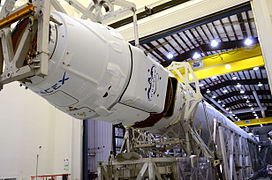 CRS-3 Dragon mating with Falcon 9 rocket in SLC-40 hangar (16670245359).jpg