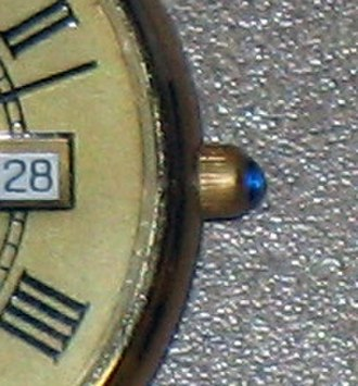 Cabochon - Image: Cabochon on watch crown