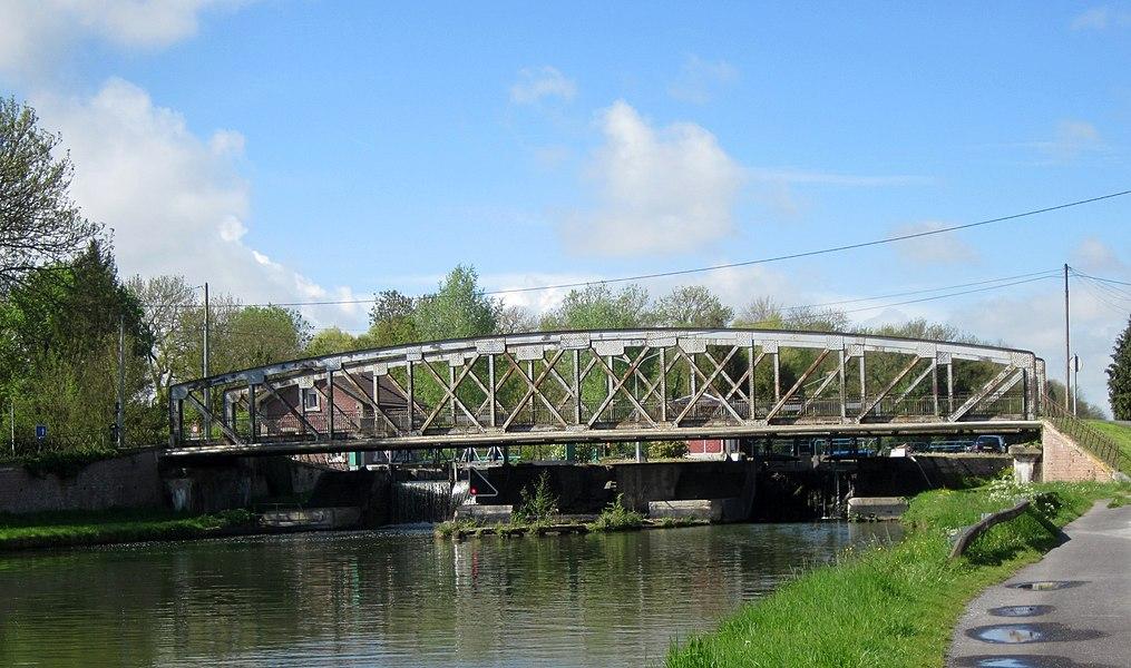 Canal de Saint-Quentin, Ecluse de Vinchy.