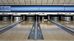 Candlepin bowling - Candlepin lanes at a bowling alley in Woburn, Massachusetts