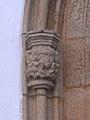 Capitel na porta principal, Matriz, Sardoal.jpg