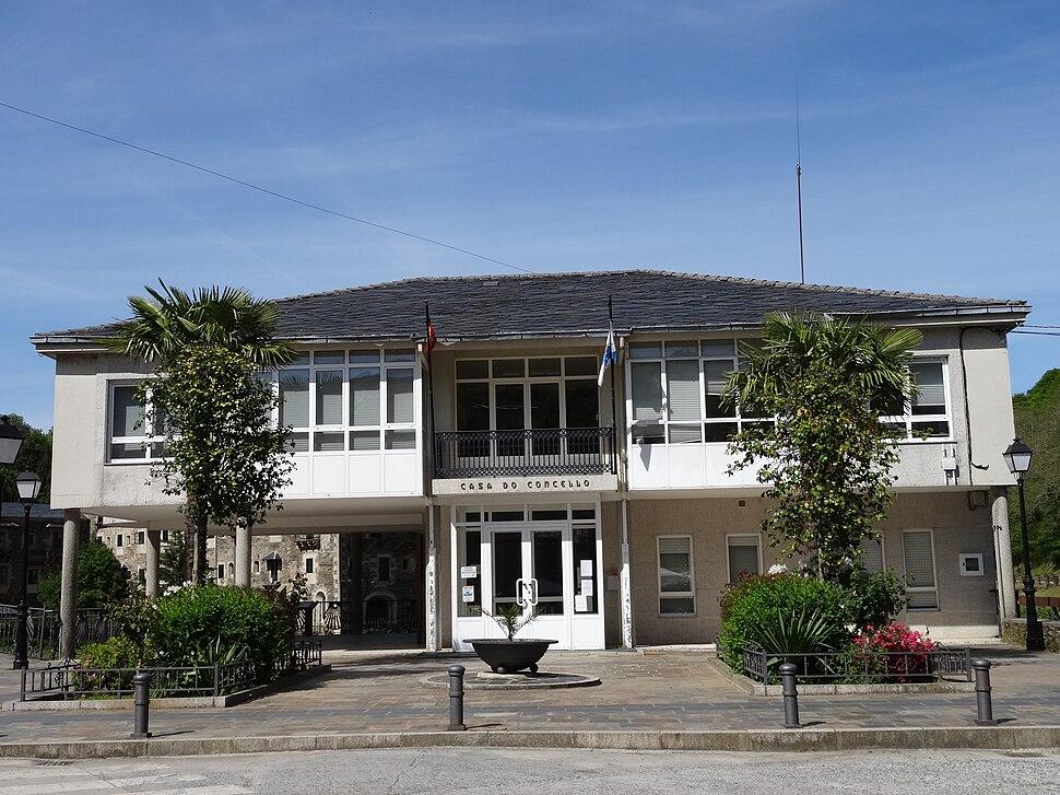 Casa concello Samos 01