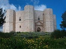 Castel del Monte costruito da Federico II ad Andria