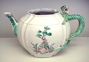Louis Henri, Duke of Bourbon - Chantilly sof porcelain teapot 1735-1740