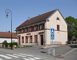 Chavannes-sur-l'Étang, Mairie.JPG