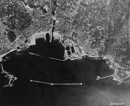 An aerial photograph of Cherbourg taken in 1944 Cherbourgair.jpg