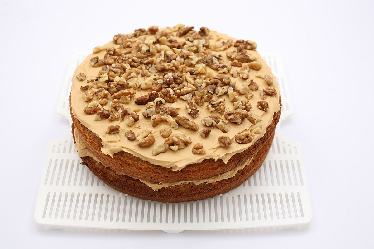 Coffee And Walnut Cake Cm Tin