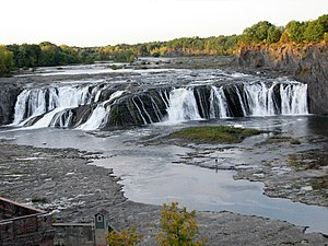 Cohoes Falls on the Mohawk River, Cohoes NY 2895 (4029370829).jpg