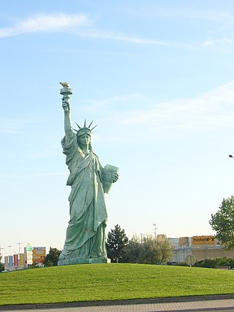 Replicas of the Statue of Liberty - Replica of the Statue of Liberty in Colmar