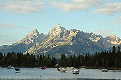 Colter bay boats 20100822 080110 1.jpg