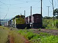 Comboios em cruzamento no pátio da Estação Pirapitingui em Itu - Variante Boa Vista-Guaianã km 186 - panoramio (4).jpg