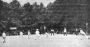 Longue paume - Competition of longue paume in the Garden of the Luxembourg (Paris), on June 18th, 1889