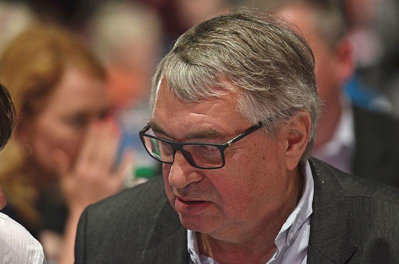 Datei:DIE LINKE Bundesparteitag 10. Mai 2014-24.jpg